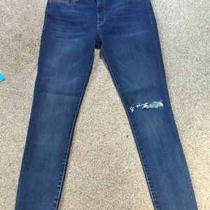 Great DL1961 skinny jeans!